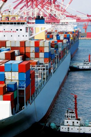 shipping-container-globalization