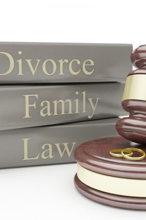 divorce-family-law-books-with-gavel